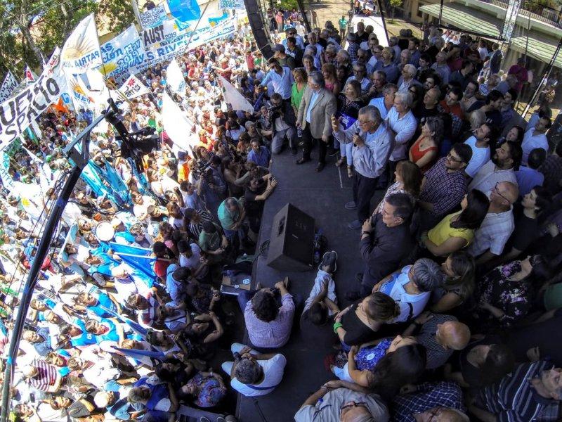 Urribarri, Solanas, Gioja y Fernández encabezaron un multitudinario acto en Villaguay